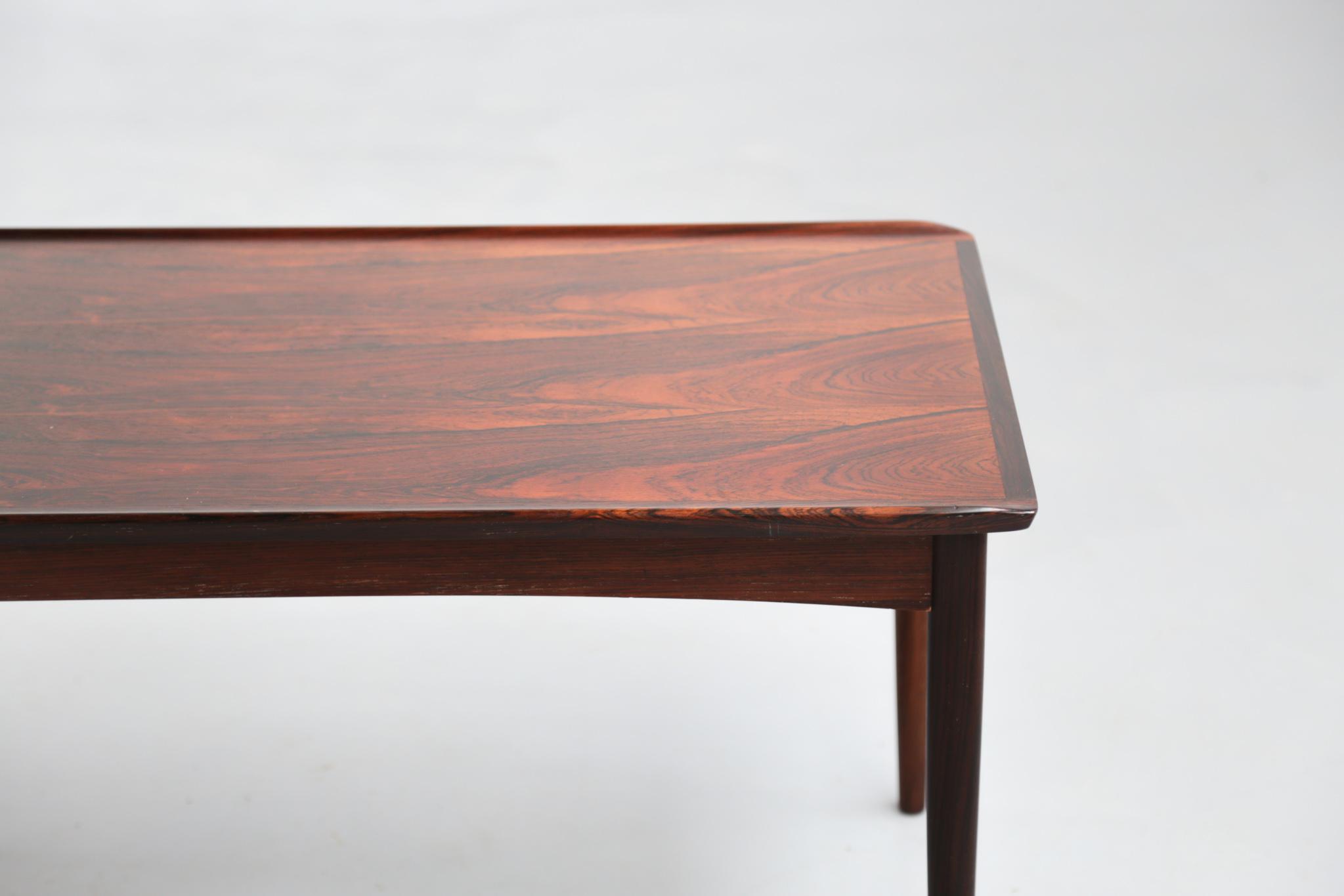 Petite table basse danoise en palissandre de rio - Table en palissandre massif ...