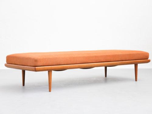 Daybed banquette Peter Hvidt sofa vintage design danish00003