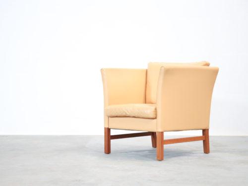 Fauteuil danois en cuir beige vintage00014
