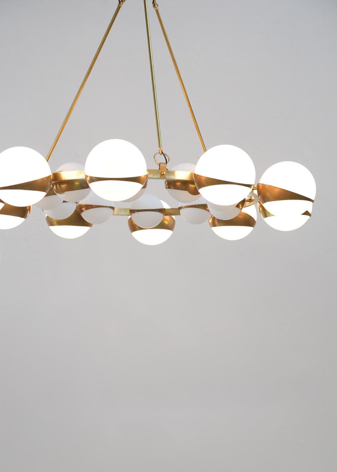 grand lustre italien moderne style stilnovo chandelier italian design danke galerie. Black Bedroom Furniture Sets. Home Design Ideas