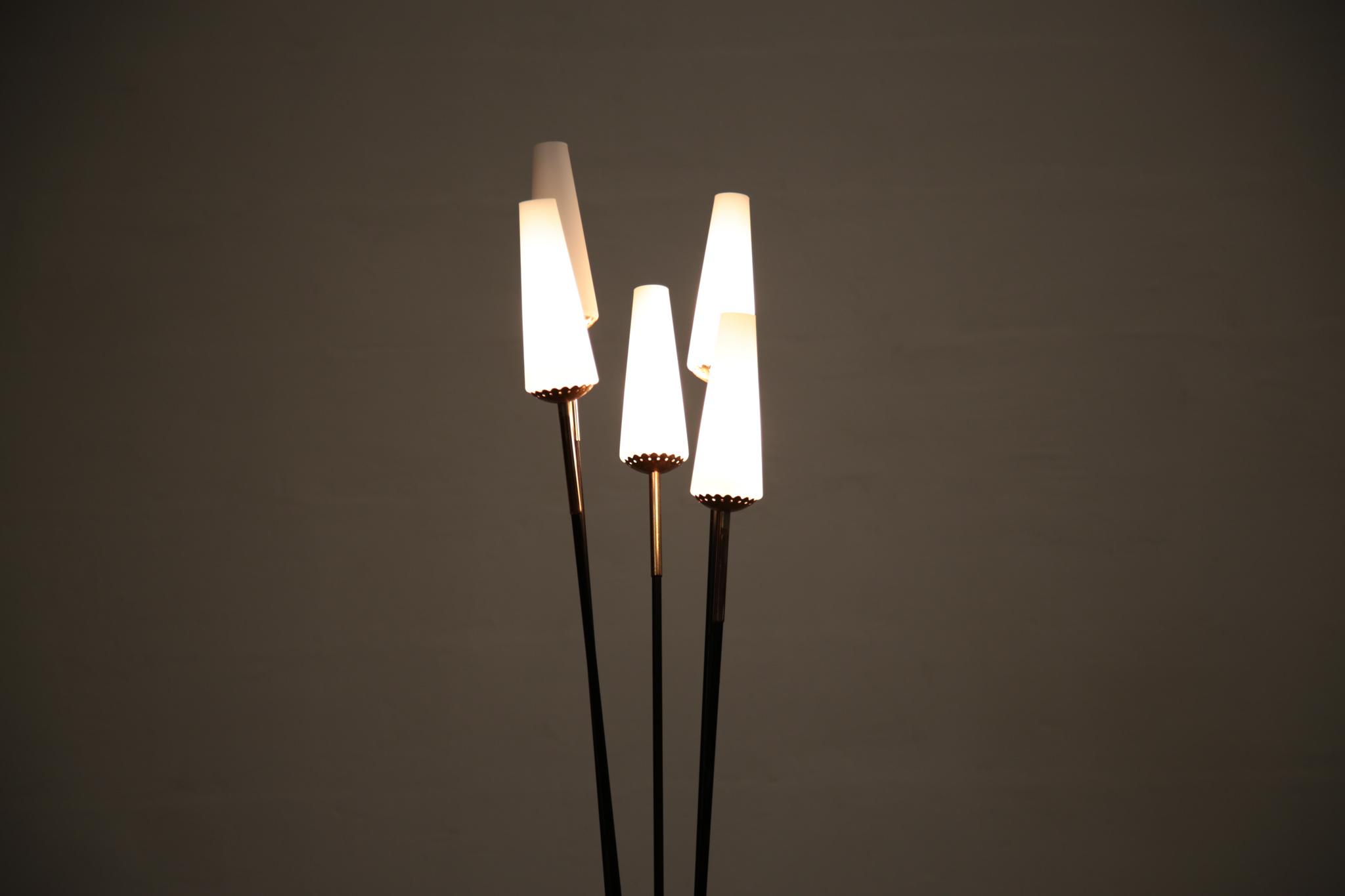 lampadaire design italien vintage opaline danke galerie. Black Bedroom Furniture Sets. Home Design Ideas