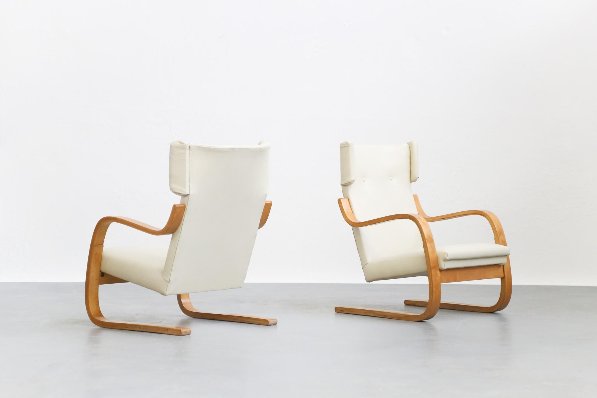 paire de fauteuil alvar aalto 401 danke galerie. Black Bedroom Furniture Sets. Home Design Ideas