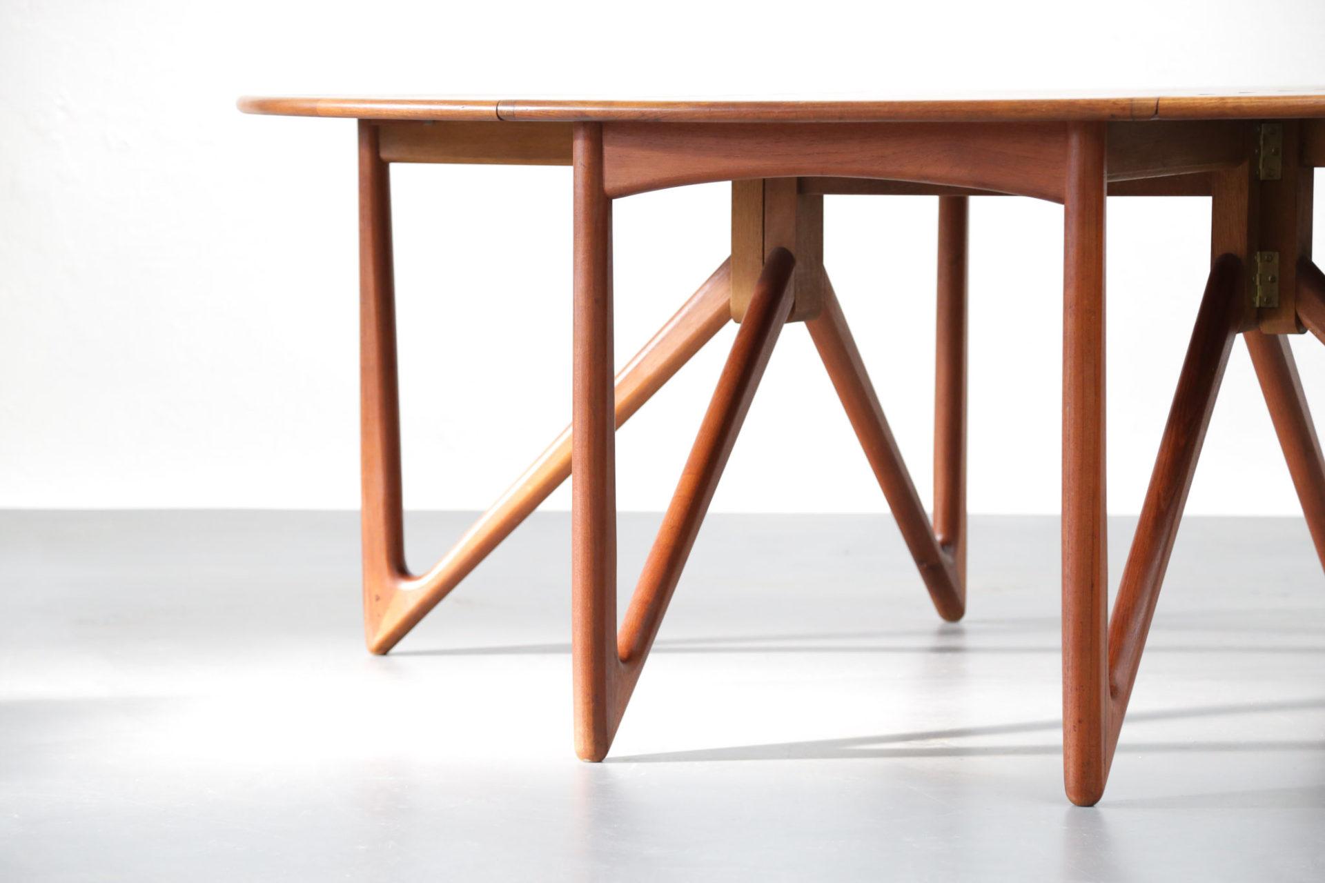table à manger Kurt Østervig dining danoise scandinave