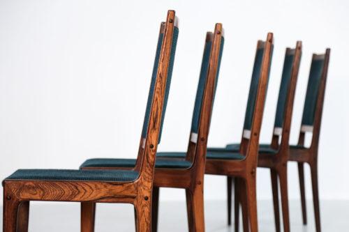 Set de 4 chaises danoise en palissandre de rio.24