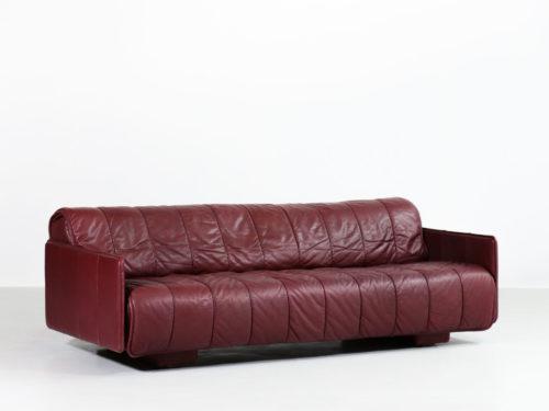 canapé sofa De sede 1970 vintage cuir bordeaux danke galerie