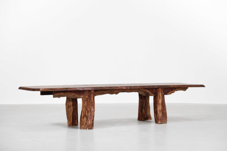 grand banc table basse brutaliste design 4