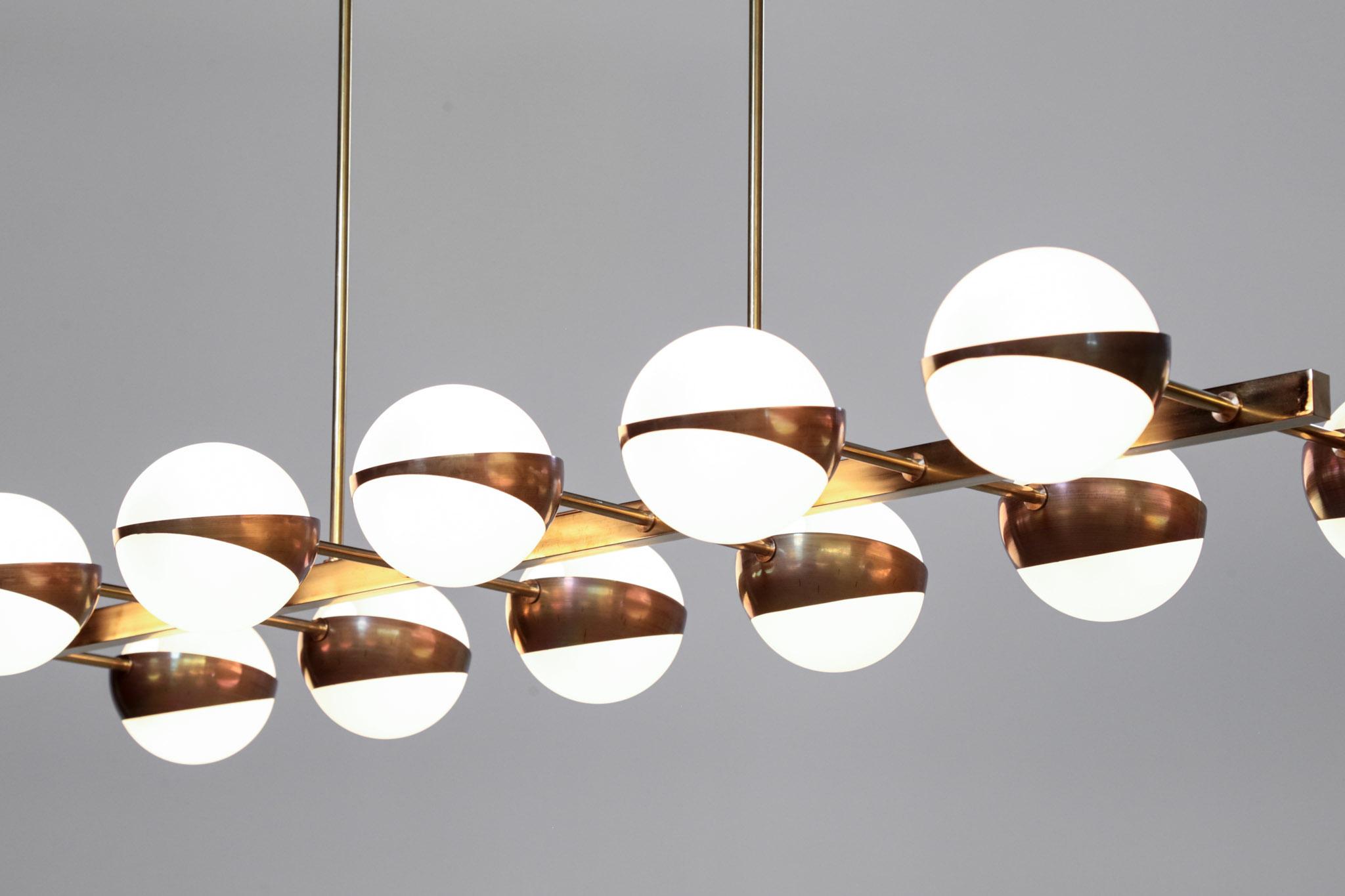 grand lustre contemporain italien 12 opalines style. Black Bedroom Furniture Sets. Home Design Ideas