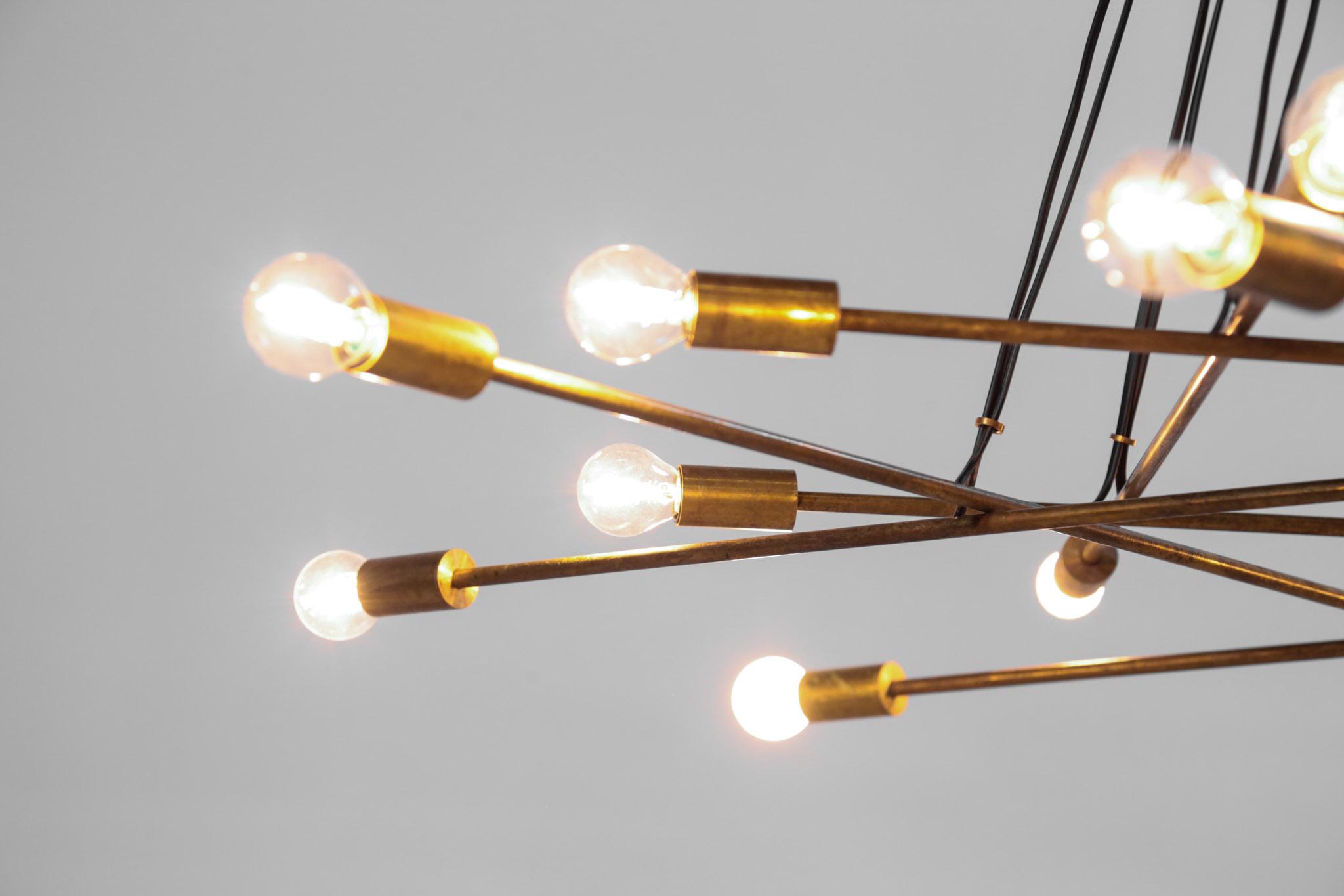 lustre italien moderne laiton 16 ampoules danke galerie. Black Bedroom Furniture Sets. Home Design Ideas
