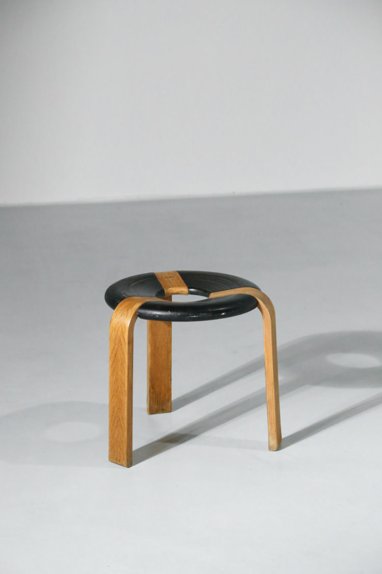 Tabouret rue thygesen Magnus Olsen design scandinave durup 10