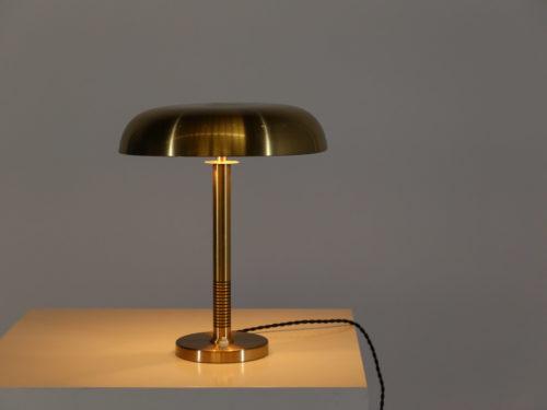 lampe de bureau Bertil Brisborg suedois scandinave paavo tynell5