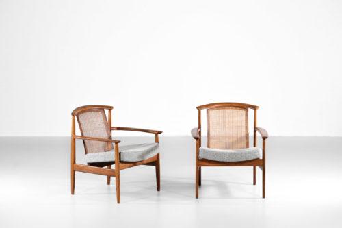 Paire de fauteuils suédois en teck et rotin scandinave23