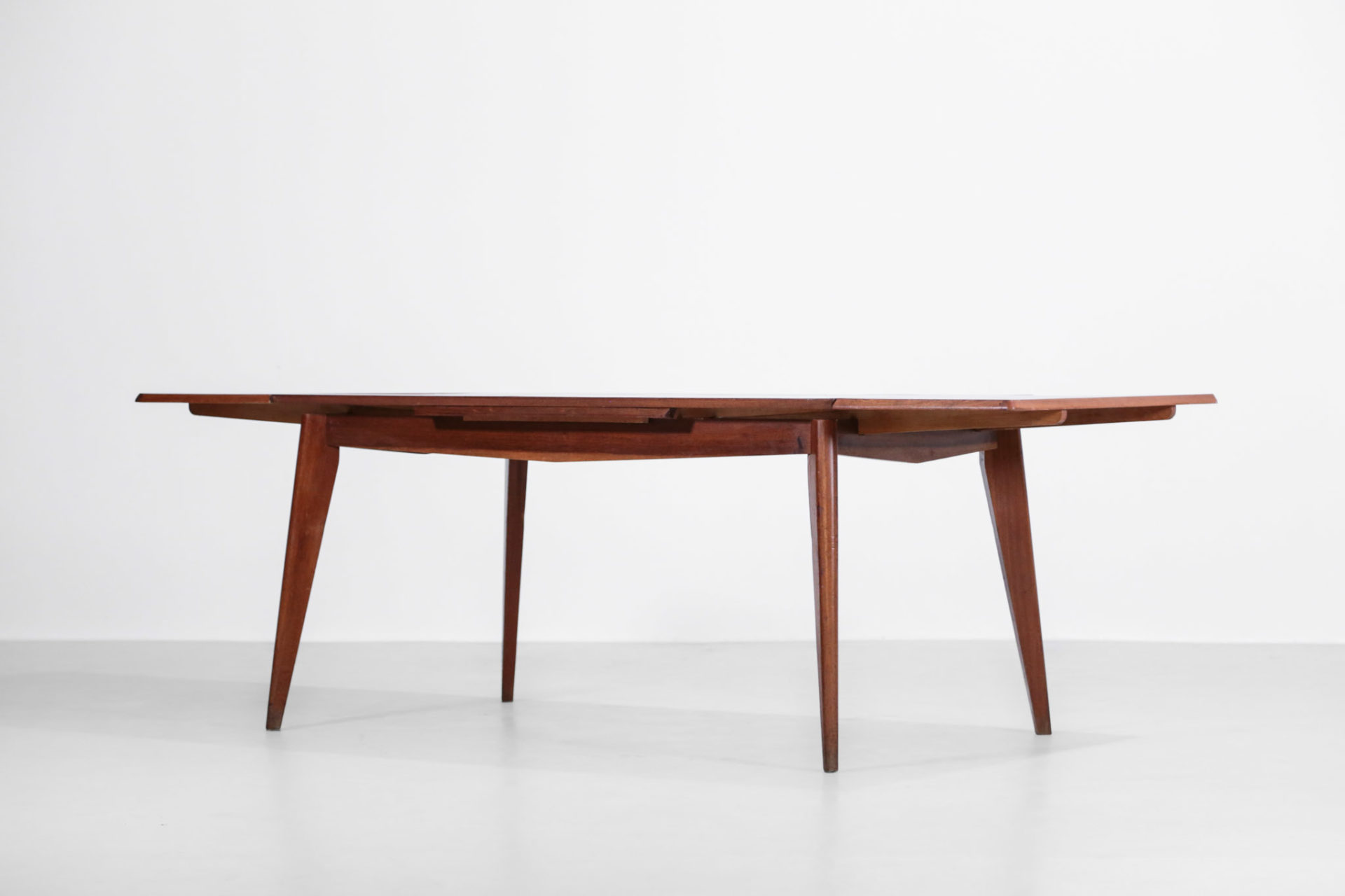 table à manger Francaise en chene massif moderniste design33