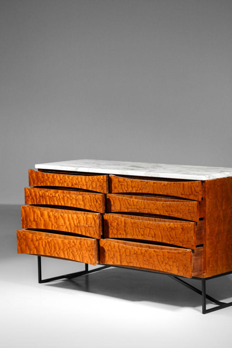 commode des années 60 en bois de loupe marbre de carrare