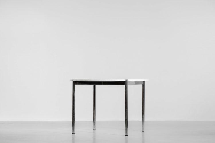 table à manger USM haller marbre de carrare vintage design