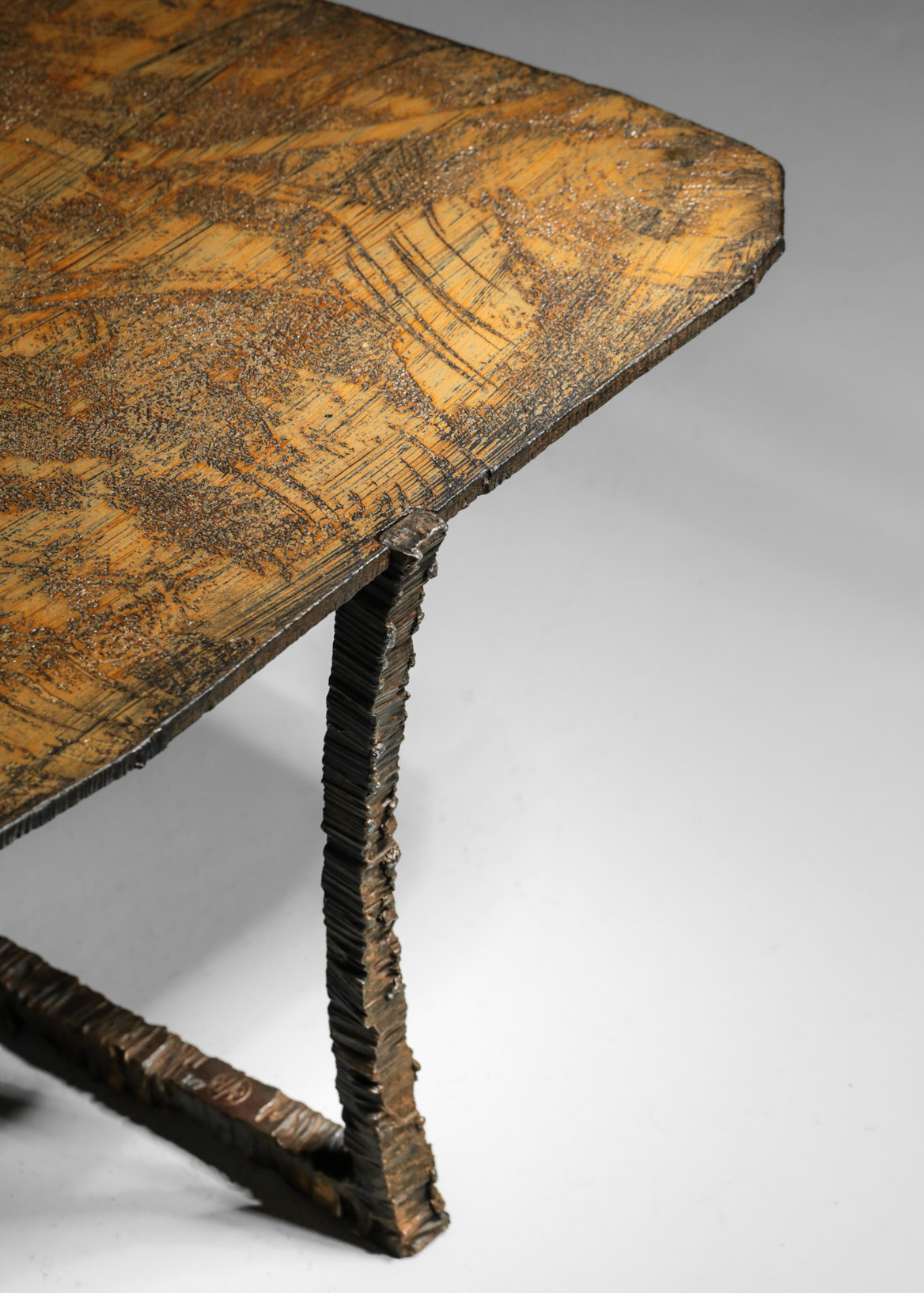 studio  Danke Galerie table basse creation Bryan parlletti fer forgé
