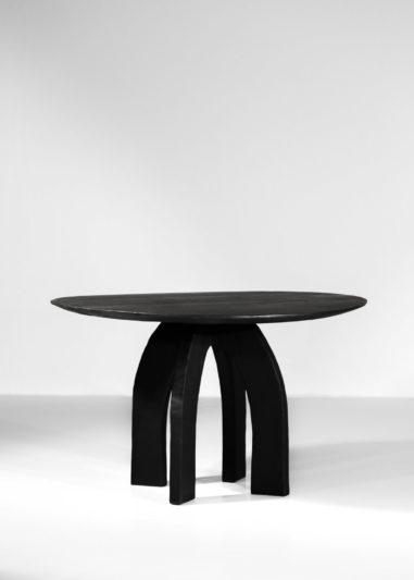 Table à manger vincent vincent danke galerie chaise ebeniste bois brulé1