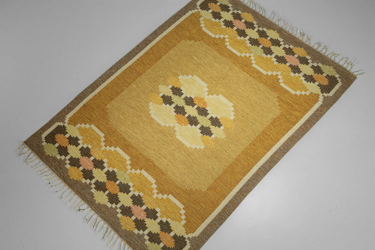 Tapis suedois ingegerd Silow vintage scandinave dessau jaune 8