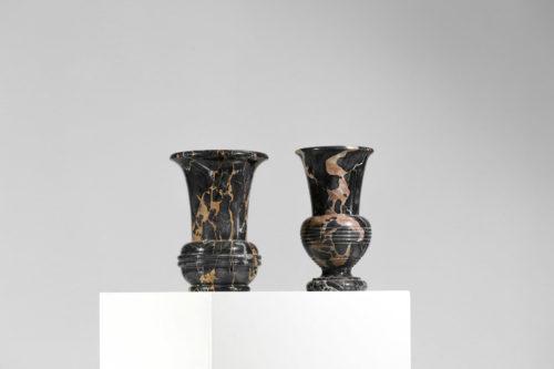 paire de vase en marbre noir vintage 6