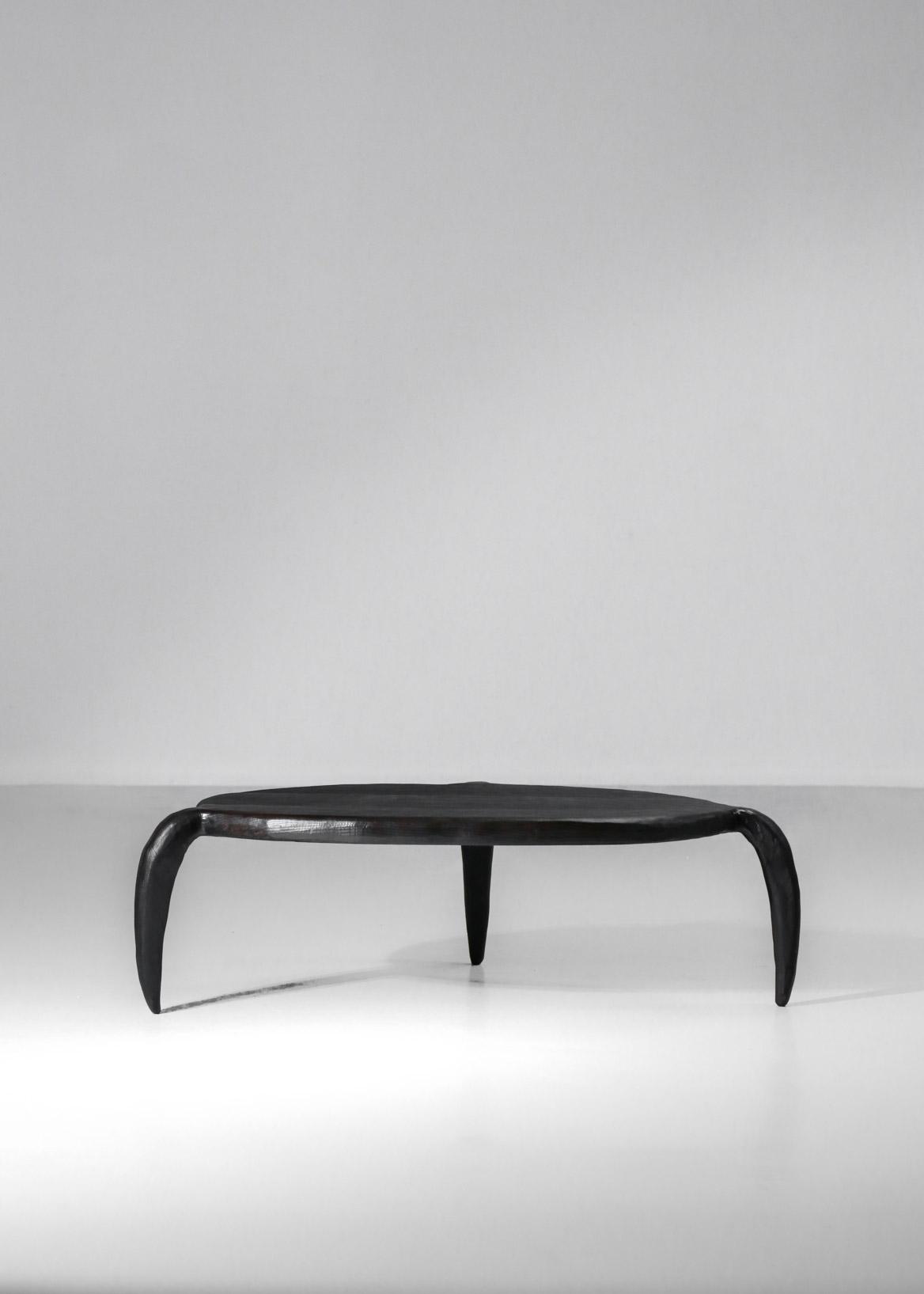 table basse bestiale par vincent vincent bois brulé ébénisterie d'art