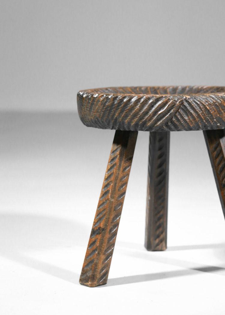 tabouret francais en bois travaillé à la gougetabouret francais en bois travaillé à la gouge