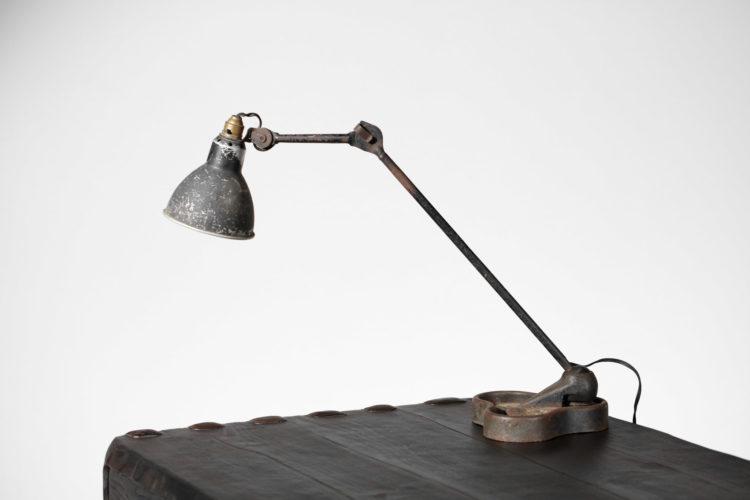 lampe gras années 50 le Corbusier