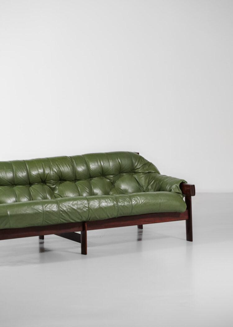 grande table bacanapé bresilien percival lafer 3 places cuir kaki années 60 E32118