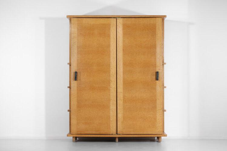 armoire penderie guillerme et chambron en chene france années 60 F118