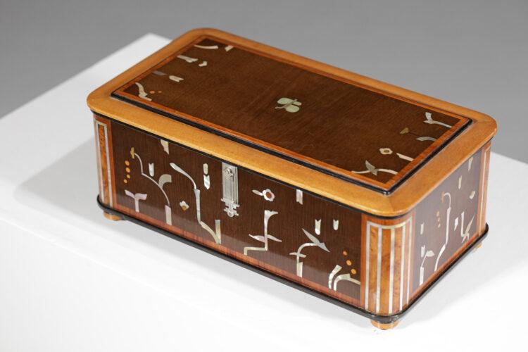 boite coffret art deco à decor floral marqueterie nacre années 40 F153