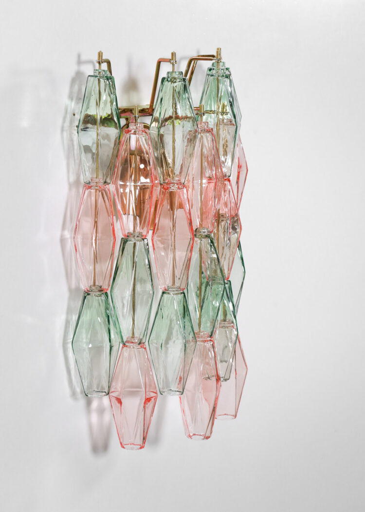 paire d'appliques italiennes polyèdres cascade vertes et roses verre de venini moderne