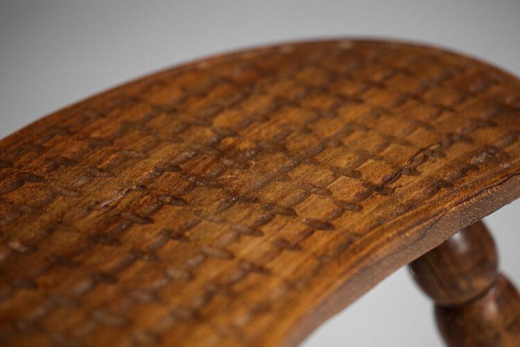Tabouret en bois tripode vintage